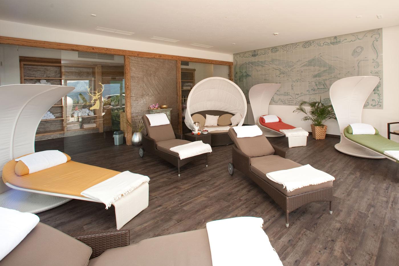 massage personal trainer. Black Bedroom Furniture Sets. Home Design Ideas